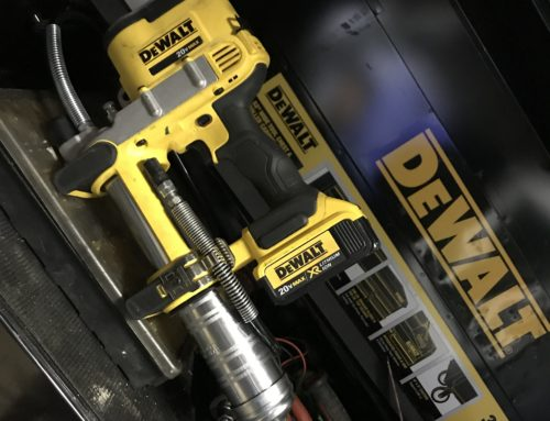 Review the Dewalt Cordless Grease Gun – #THDProSpective