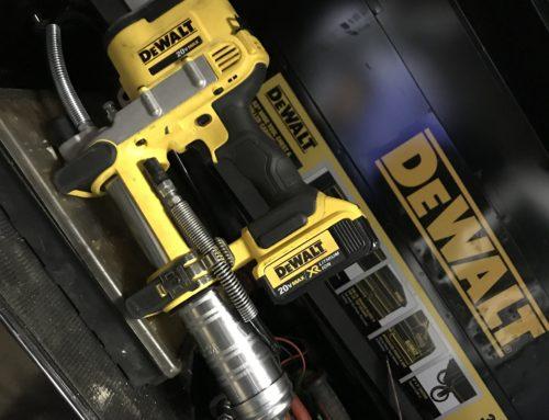 Review the Dewalt Cordless Grease Gun – #THDProSpective