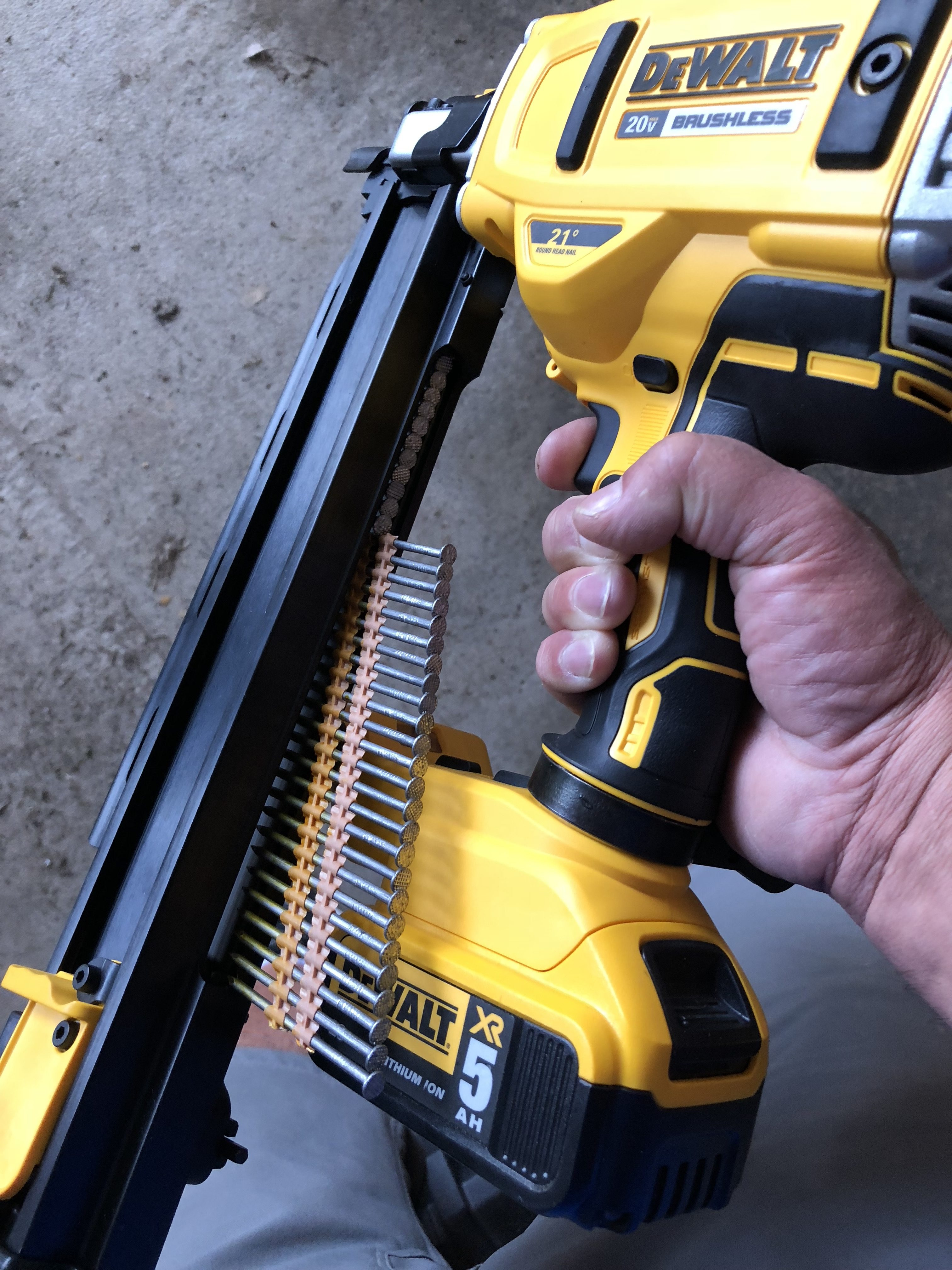 Dewalt 20-Volt MAX Lithium-Ion 21-Degree Cordless Framing Nailer-#THDProspective